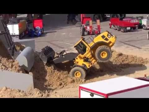 RC Truck (Jesperhus 2016 Dangerous Game) - YouTube