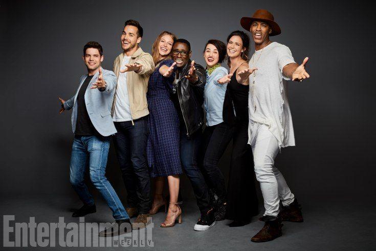Jeremy Jordan, Chris Wood, Melissa Benoist, David Harewood, Katie McGrath, Odette Annable, and Mehcad Brooks (Supergirl)