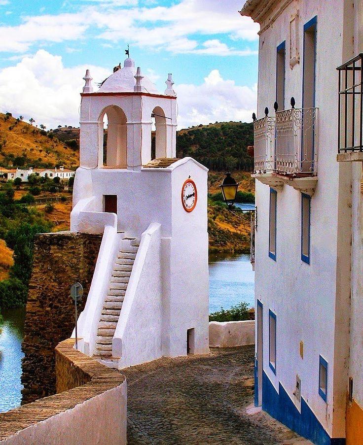 Mertola, Alentejo, Portugal.  quintadoevaristo@gmail.com | Évora