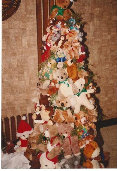 tutorial for making a teddy bear tree - Bear Christmas Tree