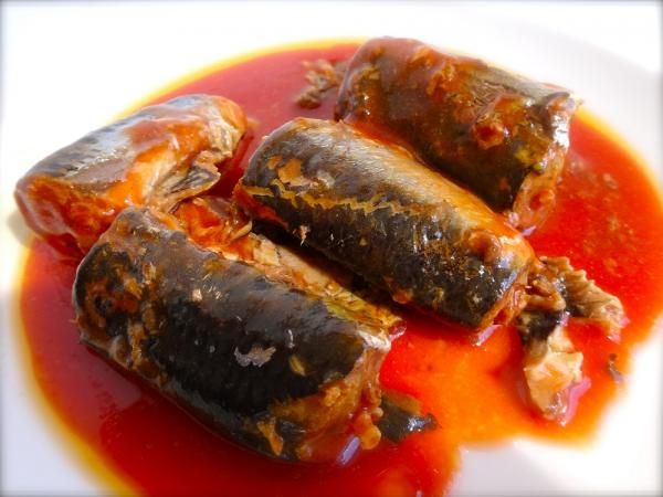 Aprenda a preparar sardinha fresca no molho com esta excelente e fácil receita. A sardinha fresca no molho de tomate é uma preparação tão simples que vai entrar no...