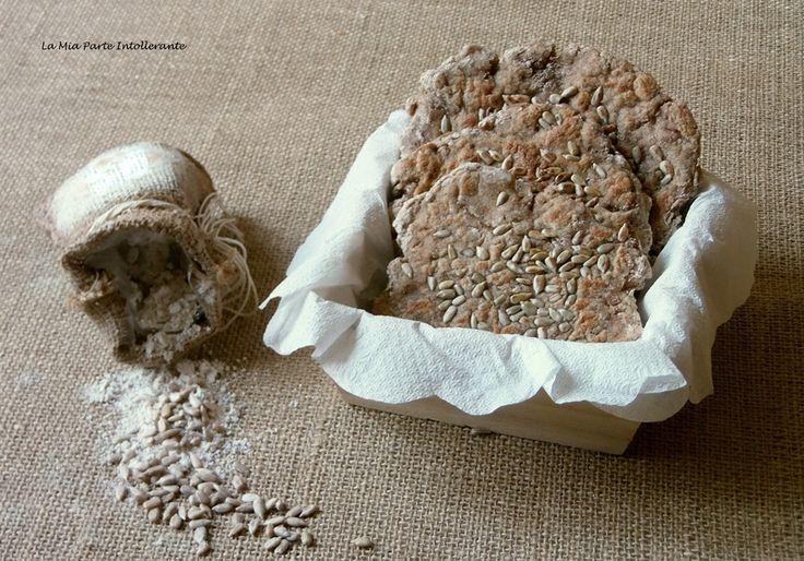 Pane integrale, senza glutine, in padella