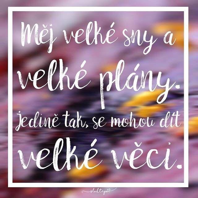 Příroda nedala lidem sny, aniž by jim neumožnila je uskutečnit. Proto sněte, plánujte a dělejte to, co vás činí šťastnými. ☕️ #sloktepo #motivacni #hrnky #mujzivot #mojevolba #milujuho #kafe #citaty #inspirace #originalgift #darek #stesti #laska #sen #domov #czech #czechboy #czechgirl #praha