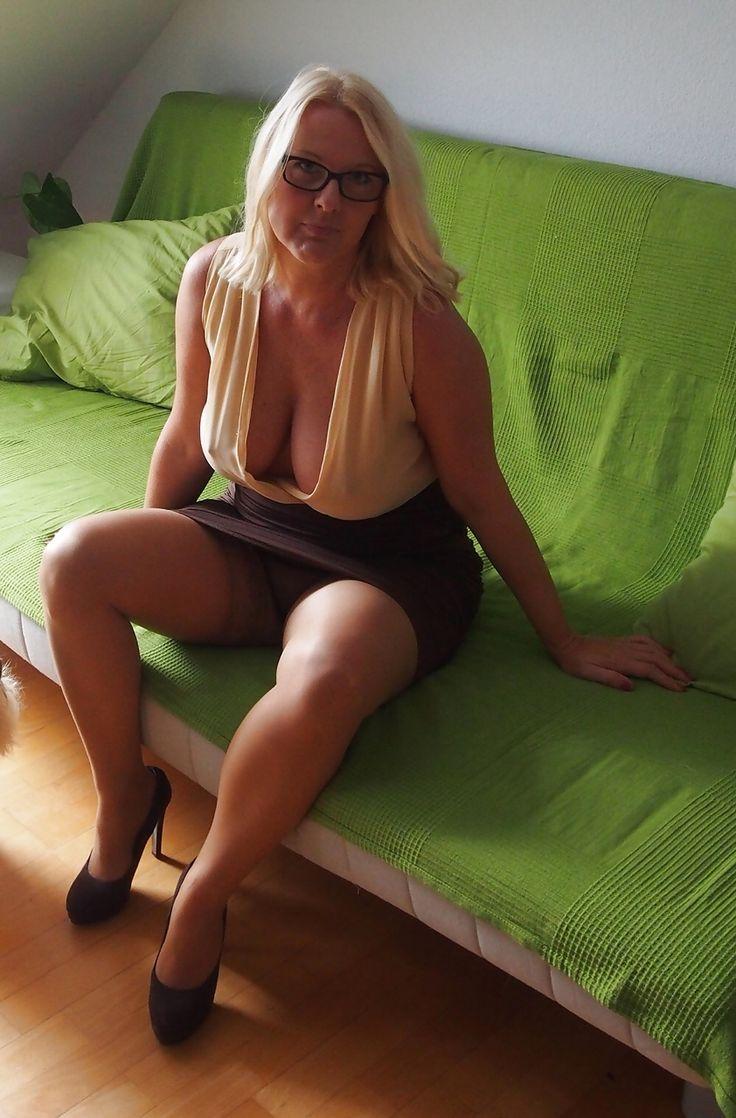 Las abren Mujeres piernas maduras