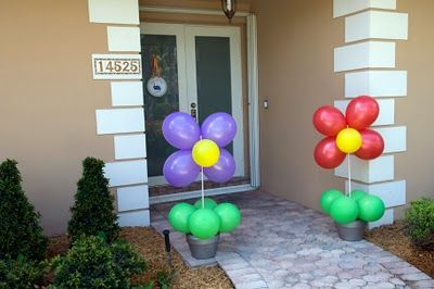 Flowers for Entryway The Purple Pug: {real party pics} the ladybug rainbow arty party