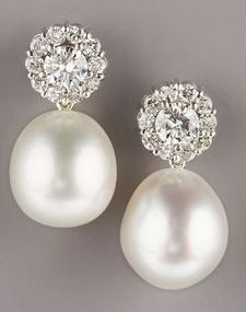 Pearl diamond drop earrings #BridalJewelry repinned by wedding accessories and gifts specialists http://destinationweddingboutique.com