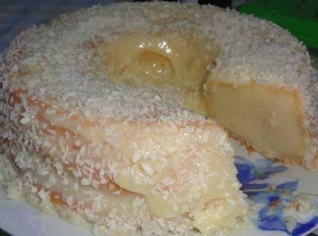 Bolo de Leite Condensado - Veja mais em: http://www.cybercook.com.br/receita-de-bolo-de-leite-condensado.html?codigo=115581