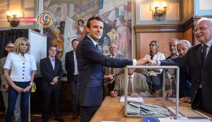 Partido de Macron vence eleições legislativas na França. O partido do presidente da França, Emmanuel Macron, atingiu 32,32% dos votos neste domingo (11) no