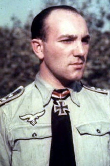 Oberfeldwebel Heinrich Welskop (1916-1981), Zugführer in der 11./Fallschirmjäger Regiment 3, Ritterkreuz 21.08.1941