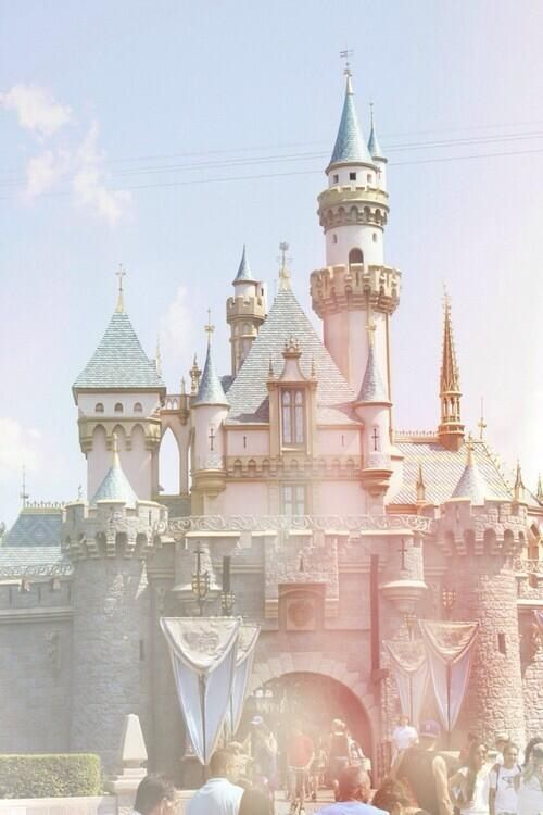 Disney Castle iPhone wallpaper
