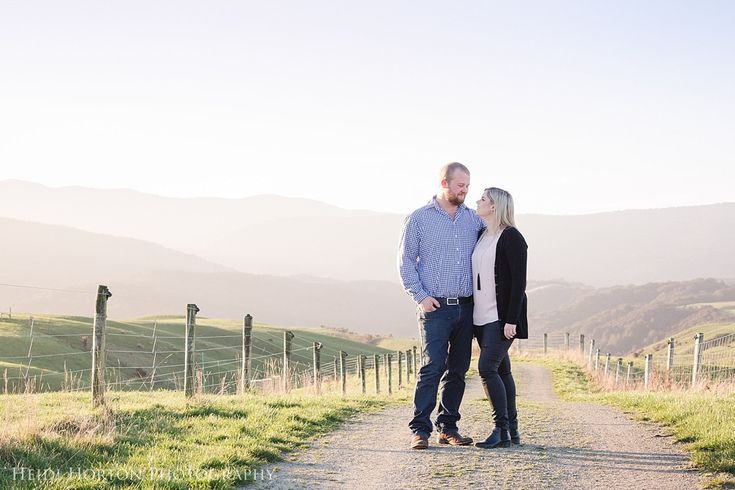 sunset engagement session, Lilburn Valley farm, engagement session Southland…