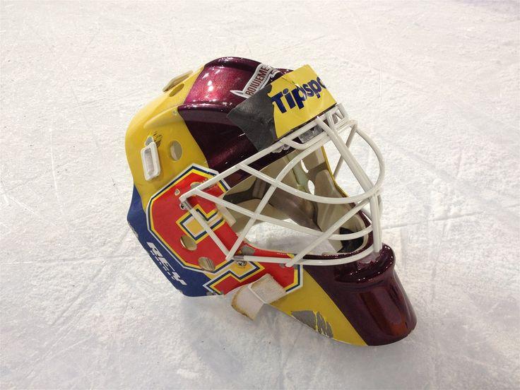 Maska pro brankáře Marka Schwarze pro sezonu 2012