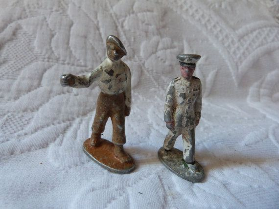 ❧• #Antique French lead #soldiers toy painted metal #soldiers lead military... http://etsy.me/2gzmBC9