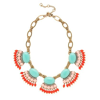Fan fringe necklace. All about the accessories!