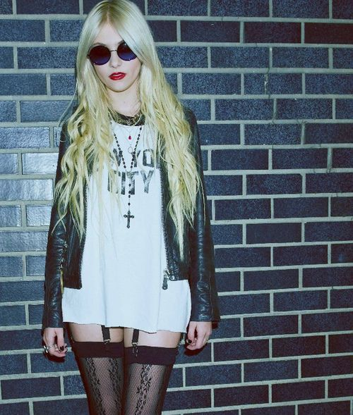 Taylor Momsen. Once was little Cindy Lou Who of How the Grinch Stole Christmas and is now the lead singer of her own band, The Pretty Reckless.