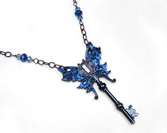 Porte-clés collier, bleu métallique victorien Art Nouveau steampunk ailé clé passe-partout collier, pendentif clé steampunk