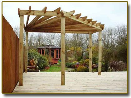 The Best Ways to Design and Build a Pergola for Your New Decking ...