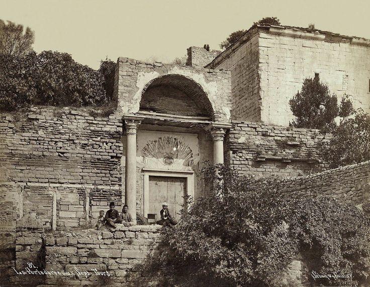 Küçük Altın Kapı Sébah & Joaillier fotoğrafı
