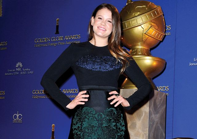 We chat with Sosie Bacon, Miss #GoldenGlobe!