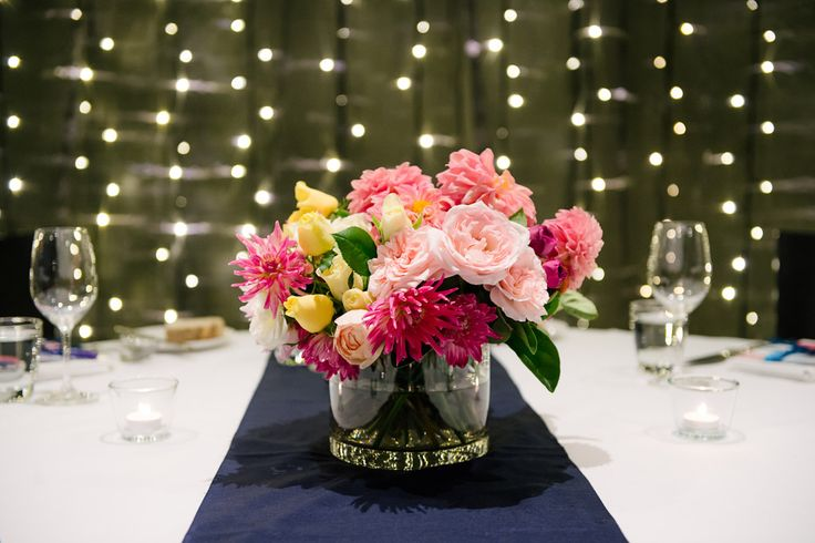 Stunning Stem florals for a fabulous Friday wedding