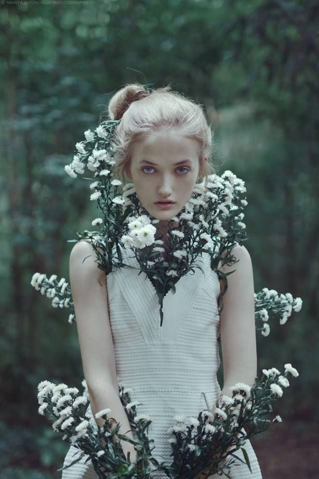 creature of flowers: new series with beautiful Moa (@ img) www.martabevacquaphotography.com