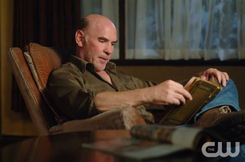"""""""In The Beginning"""" -Pictured Mitch Pileggi as Samuel Winchester  in SUPERNATURAL on The CW. Photo: Sergei Bachlakov/The CW ©2008 The CW Network, LLC. All Rights Reserved."""