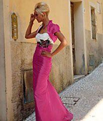 http://www.assepoesterfeestkleding.nl/foto/groot/2028-roze_trouwjurk.jpg