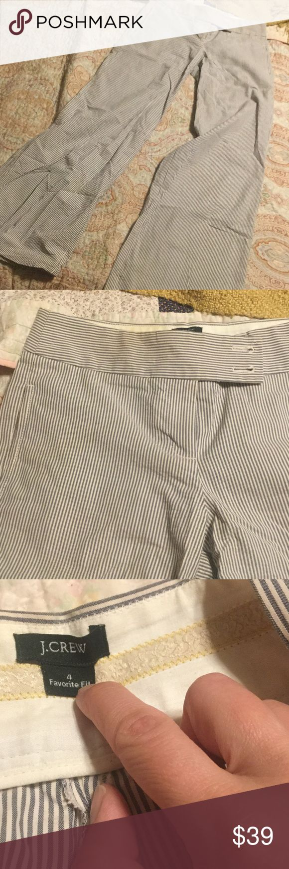 J Crew seersucker pants, size 4 Nothing says summer like seersucker! Enjoy these high quality J Crew seersucker pants all summer long! Size 4, excellent used condition. Please ask for additional details. J. Crew Pants Trousers