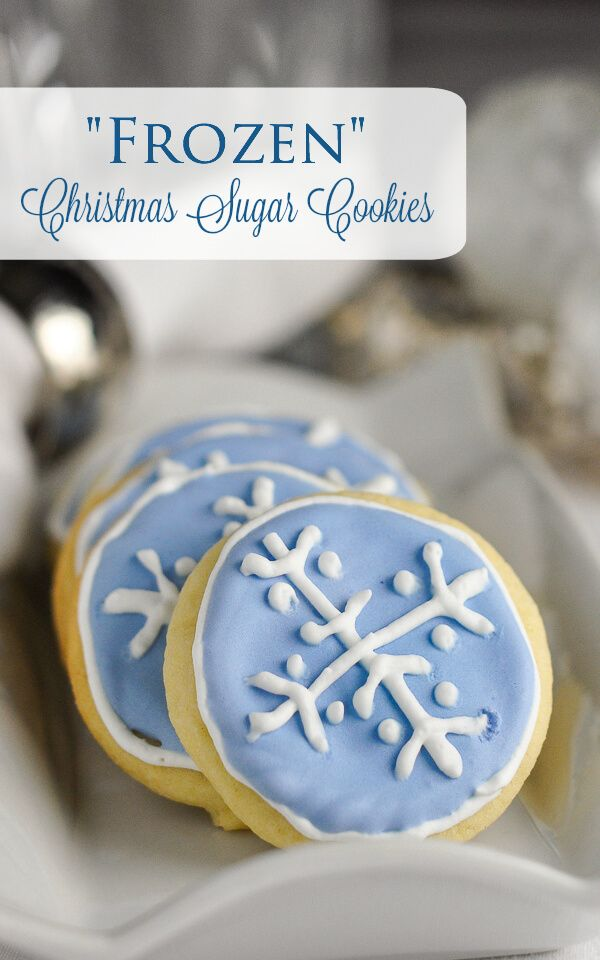 Easy Christmas Sugar Cookies ...and how to decorate with colorflow frosting.