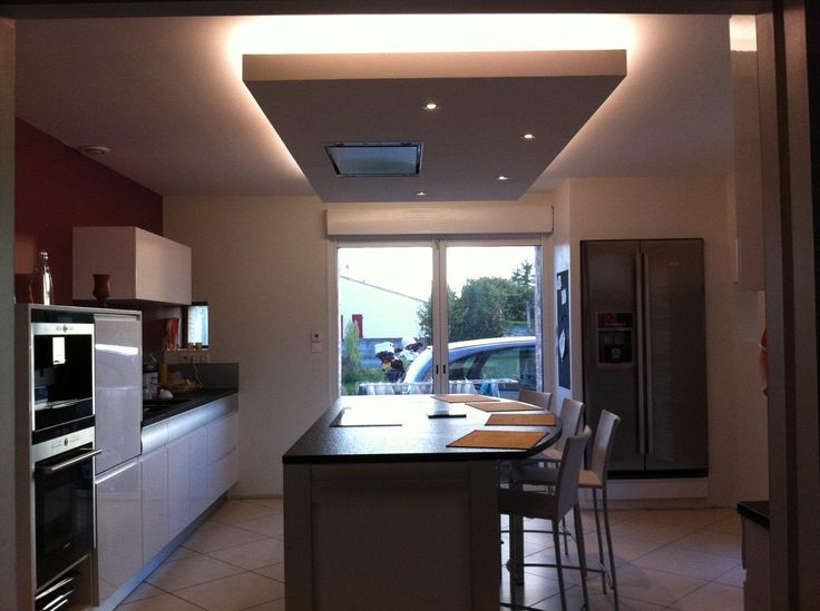 17 best ideas about faux plafond cuisine on pinterest for Cuisine avec ilot central