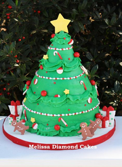 262 best images about Cakes for Christmas on Pinterest