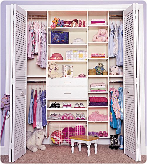we definitely need to do this to Brynne's closet...that girl....