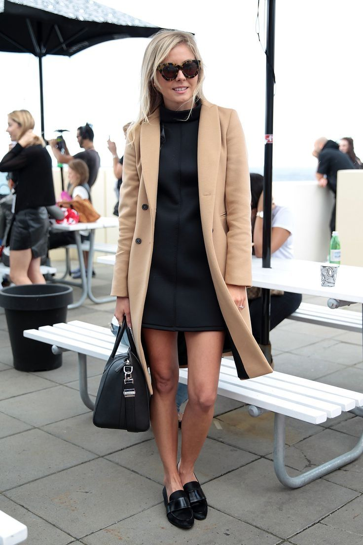 Is there anything more classic than a camel coat? She scored even more style points with her black shift, loafers, and tortoiseshell frames.Camel Coats, Fashion Weeks, Black Dresses, Tortoiseshell Frames, Street Style, Black Shift, Style Point, Sydney Fashion