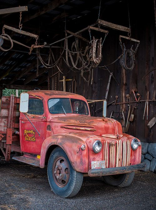 Farm truck, love the old school rust bucket look. | www.dieseltees.com #farmtruck #schooltruck #junkertruck
