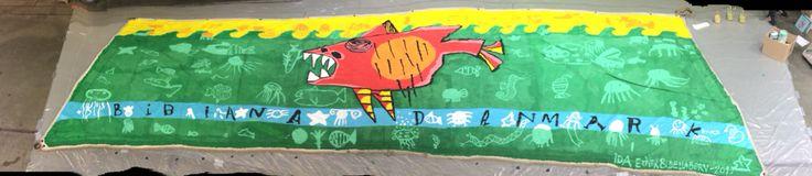Maleri på bramsejl, 7 x 3 m. udført i samarbejde med børn på Bogforum 2015 for BIBIANA danmark