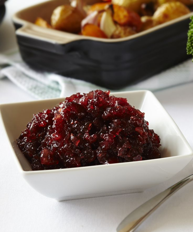 Cranberry sauce! You can't forget the cranberry sauce: http://bit.ly/1vtgcfa! #holidayrecipe