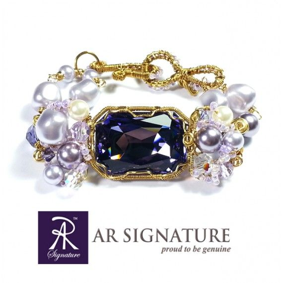 AR Signature Princess Lantana - made with genuine Swarovski® Elements, Gold plated wire from Germany. Combine with Japanese seed beads.  Craft with precision and passion