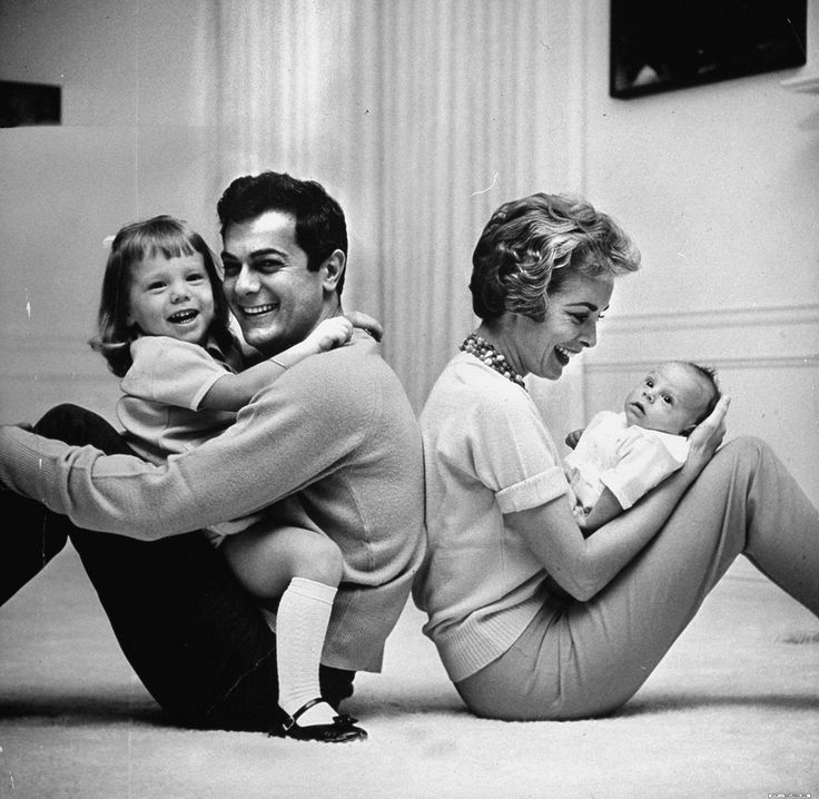 Tony Curtis, Janet Leigh, Kelly & Jamie Lee Curtis