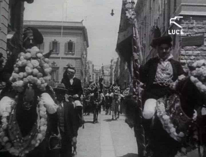 Cavalieri in abito tradizionale di Quartu Sant' Elena