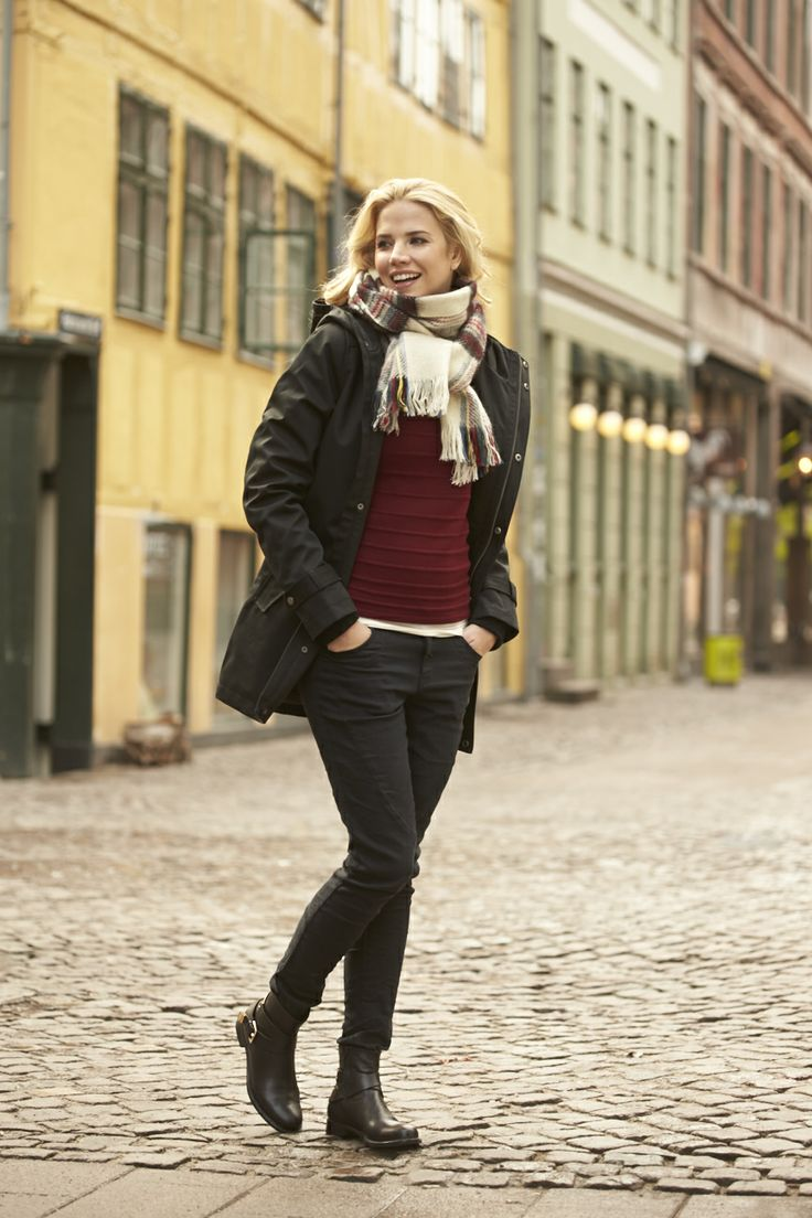 Warm coats and accessories for all autumn weather!