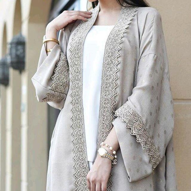 SOLD! A stunning piece from our opening collection. #qabeela #modestfashion #hijabstyle #hijabblogger #hijabinspiration #styleofarabia #styleinspiration #abaya #kimonocardigan  #luxurylife #hijabfashion #hautecouture #instafashion #dinatokia #modestfashion #sauditrends