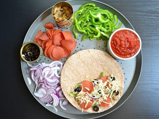 GirlsGuideTo | Healthy Girl Recipe: Pizzadillas | GirlsGuideTo