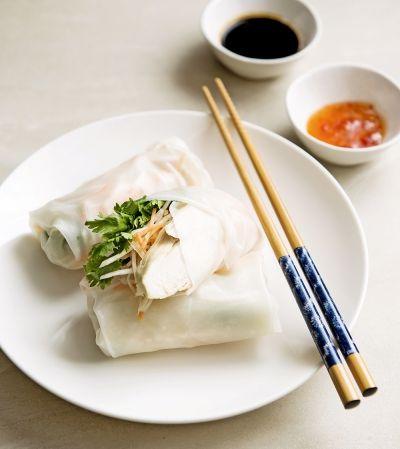 Finom diétás keleti recept: tavaszi tekercs / Éva Magazin Spring roll with chicken – only 272 calories!