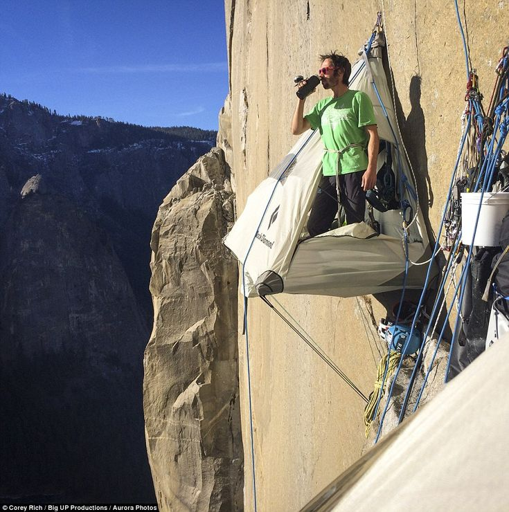 Best El Capitan Climb Images On Pinterest Climbing Free And - Two climbers scale 3000ft hardest route world