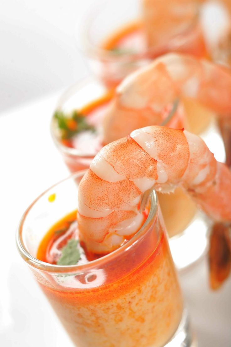 Prawn cocktail with coconut, chili and coriander sauce.: Picture, Chili