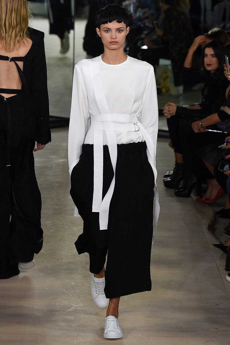 Joseph Spring 2016 Ready-to-Wear Fashion Show