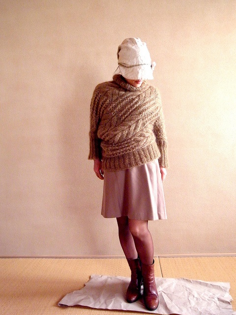 instructions on knitting a sideways sweater!  Must get my sportweight brown out this weekend!