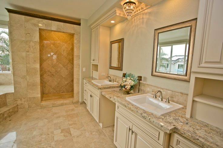 Traditional master bathroom with crown molding flush for Bathroom remodel 94513