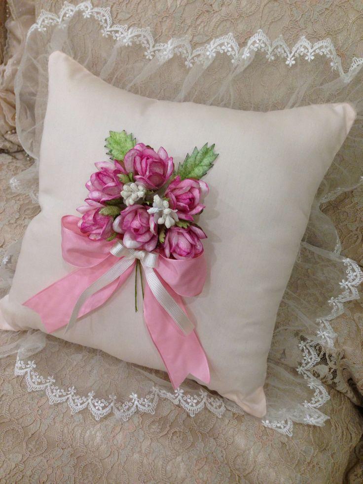 İpek koza,takı yastığı,el emeği,tasarım ,sipariş :ayser-69@hotmail.com