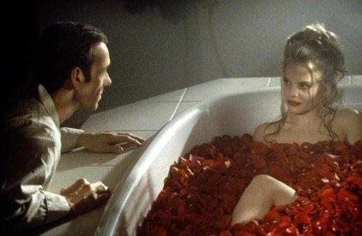 Beleza Americana (1999) 5 estatuetas foram conquistadas por este aqui: melhor filme, ator (Kevin Spacey), diretor (Sam Mendes), roteiro original e fotografia